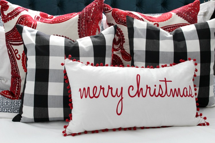 buffalo-check-christmas-pillows