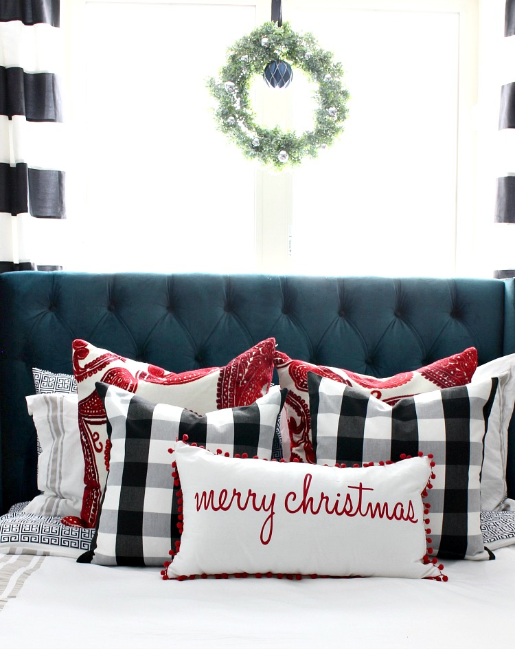 christmas-decorating-ideas-for-bedroom-2