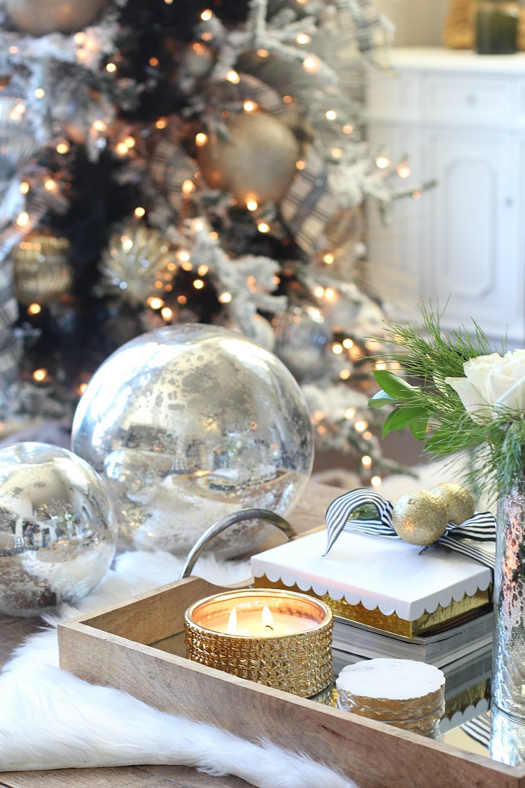 glam-cozy-christmas-living-room
