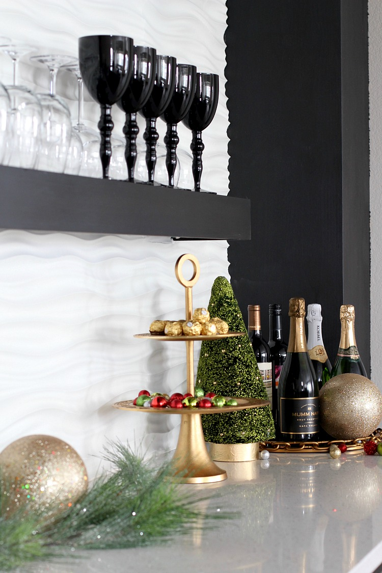 modern-home-bar-christmas-2