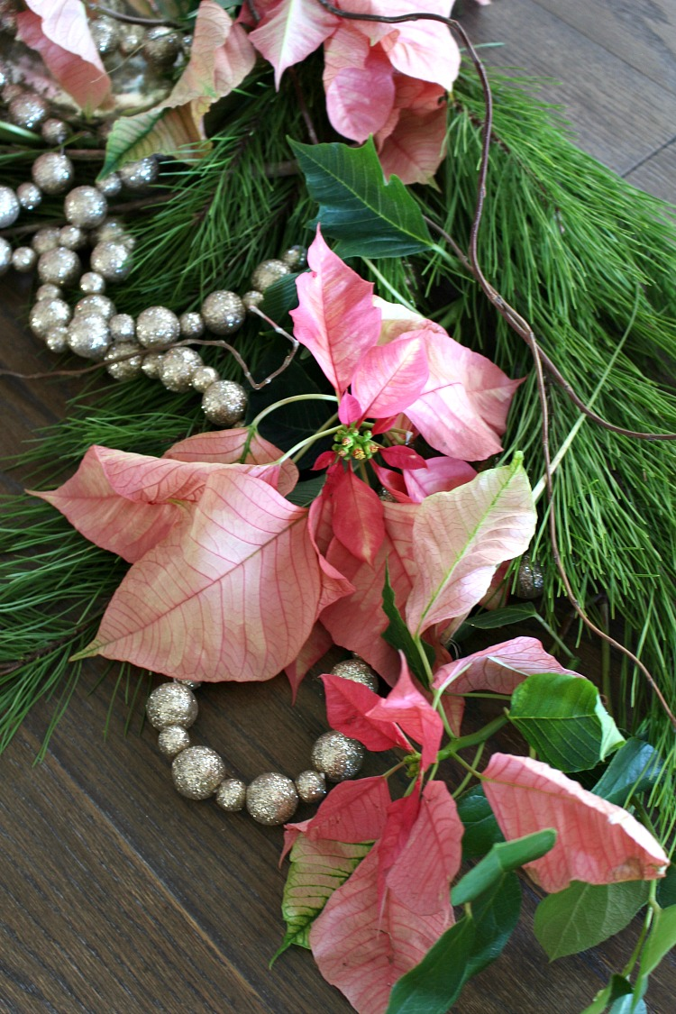 pink-poinsettia-table-runner