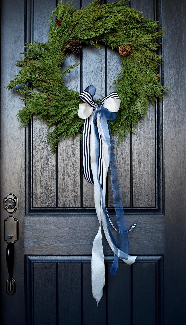 welcome-home-christmas-porch-2
