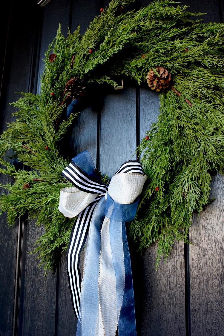 welcome-home-christmas-porch-3
