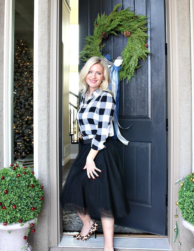 welcome-home-christmas-porch