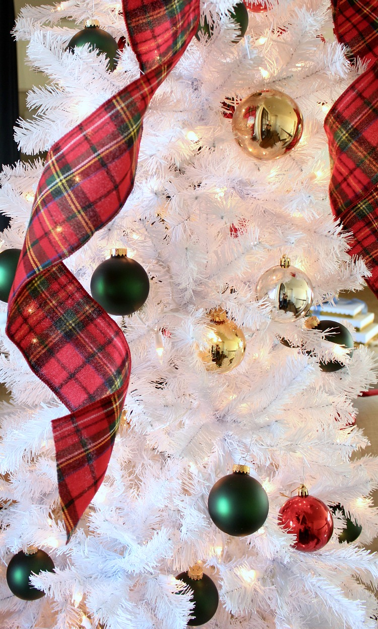 white-christmas-tree-with-red-plaid-ribbon
