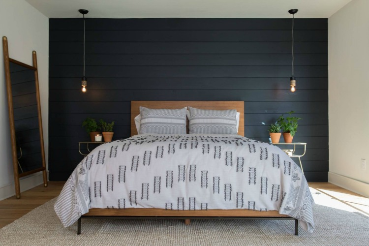 black-shiplap-wall