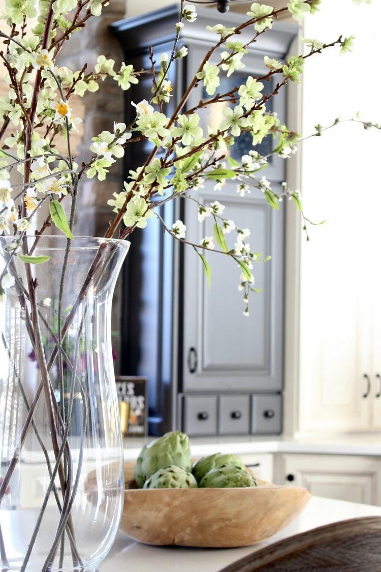 spring-home-tour-kitchen-11