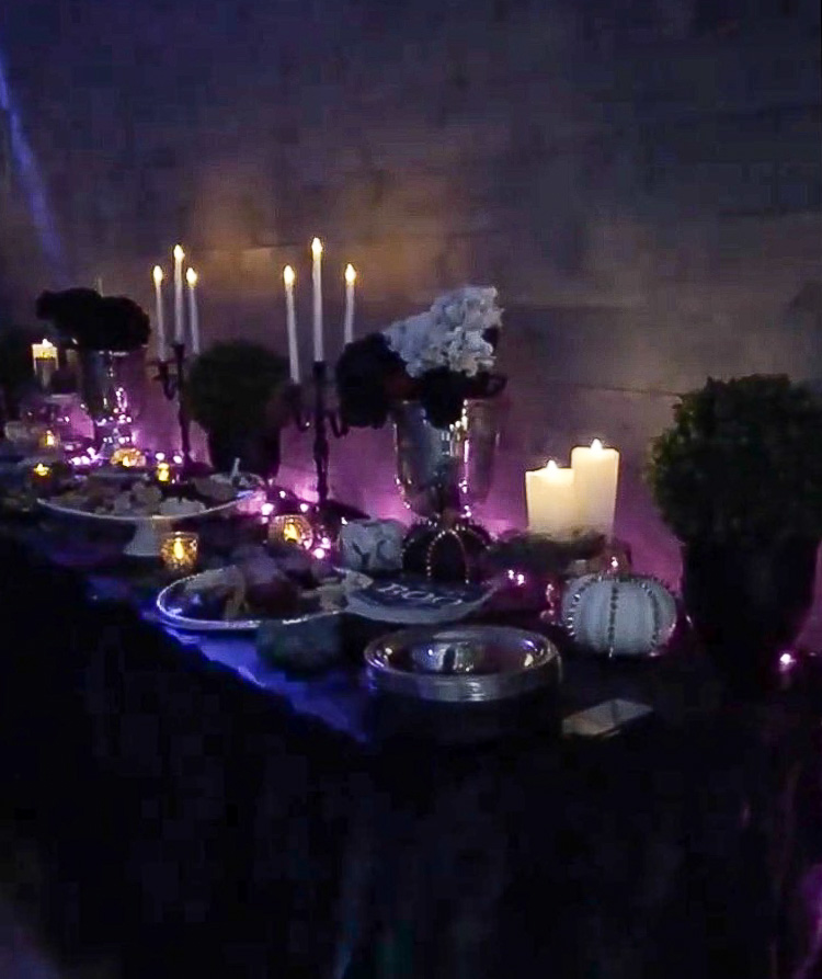 elegant-halloween-party-decorating-ideas