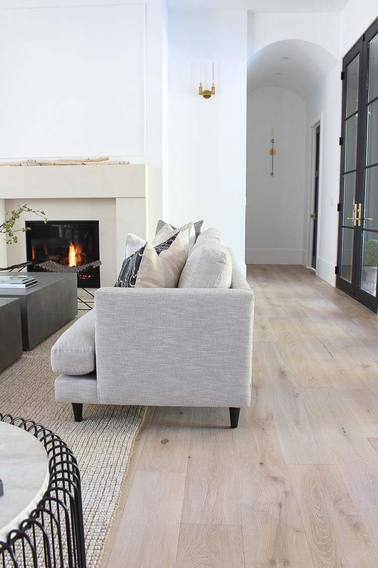 scandinavian-living-room-contemporary-design-minimalist-style
