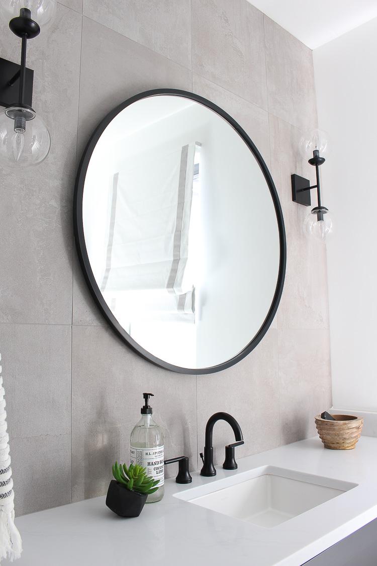 transitional-modern-bathroom-concrete-look-wall-tiles