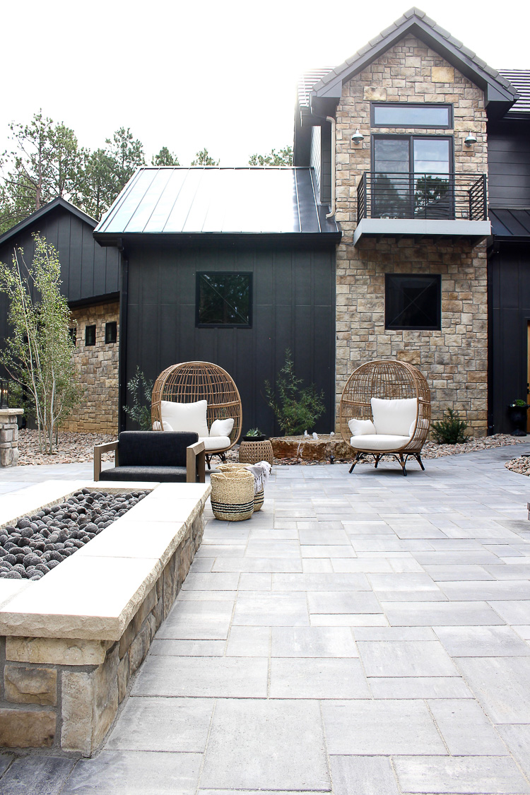 The Big Reveal Of The Forest Modern Outdoor Living The House Of Silver Lining