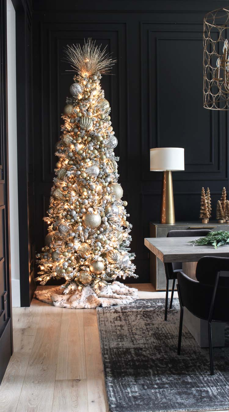 Simple Designer Tips On Creating A Luxe Elegant Christmas Tree The House Of Silver Lining